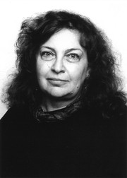 Portrait Ruth Almog